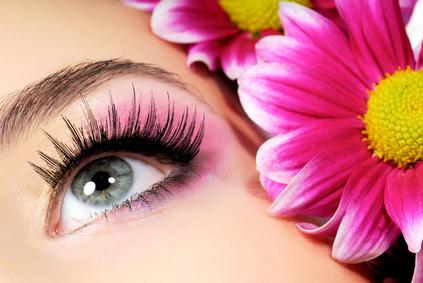 Make-up Flecken – so schützen Sie Ihre Bluse